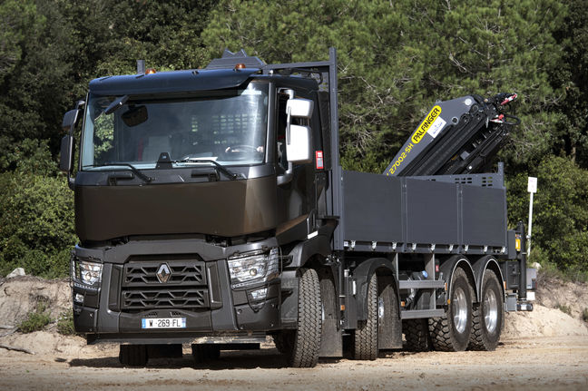 Renault Trucks, Arya Diesel Motors Sign 2 Agreements