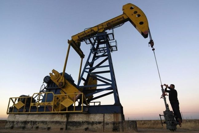 Brent Oil Steals Show as Hedge Funds Leave U.S. Crude Aside