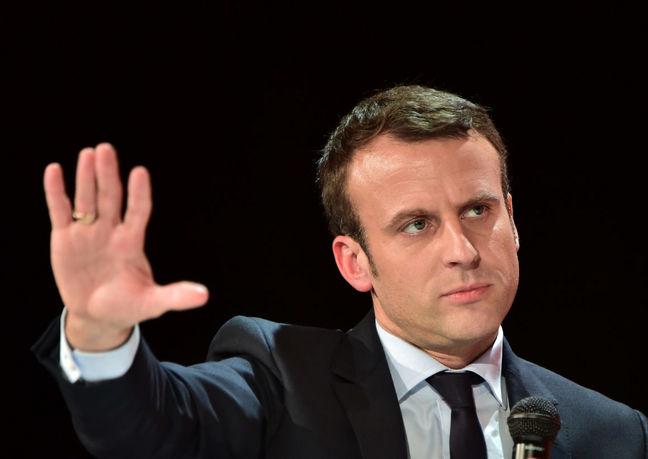 Macron to discuss Ukraine with Putin, Merkel and Poroshenko