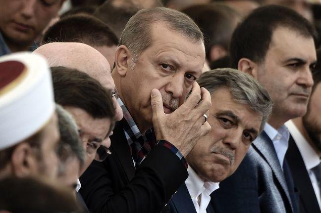 Erdogan's Putsch Purge Spreads Into Media, Energy, Finance