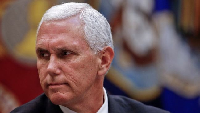 Pence hires his own lawyer for Russia probes