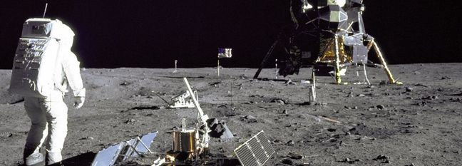 Nasa to Land Astronauts on the Moon by 2028