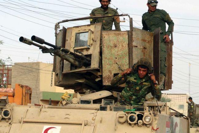 Iraqi troops battle Islamic State inside Mosul