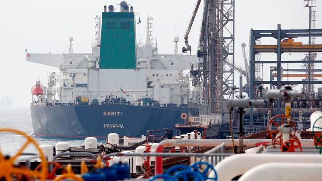India's Iran Oil Imports Inch Up