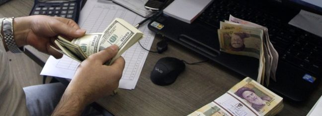 At 260,000 Rials, US Dollar Surpasses All-Time High