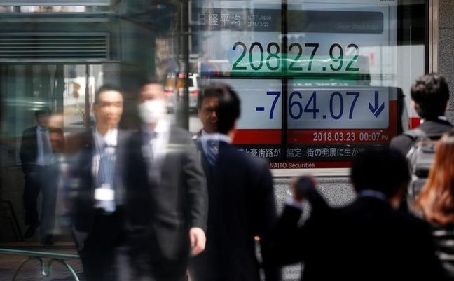Asia shares ease as trade war fears return, pound bewildered by politics