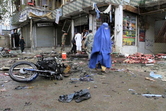 Civilian casualties increase as Afghan troops battle Taliban: U.N.