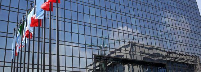 Bond Auctions Resilient