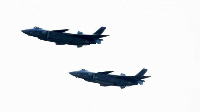China debuts J-20 stealth jet in show of strength at country's biggest expo