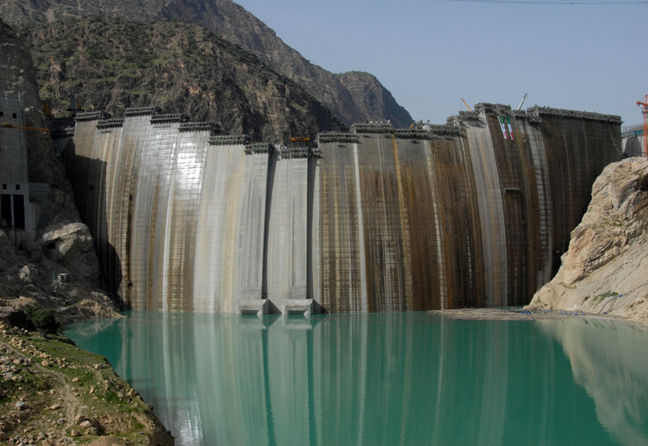 S. Koreans, Chinese Companies to Develop Hydroelectric Dams in Iran
