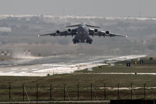 Russian jets kill over 200 Islamic State militants near Syria's Deir al-Zor: agencies