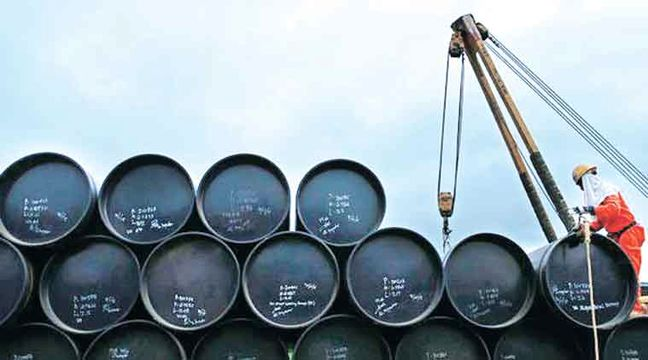Oil prices static on uncertainty over planned production cut