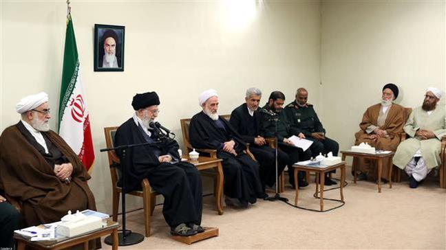 Ayatollah Khamenei hails unity between Iran's Shia, Sunni Muslims