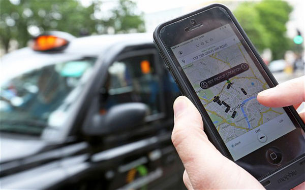 Iran's Telecom Minister Defends Ride-hailing Apps