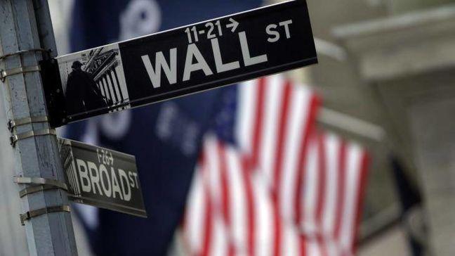 U.S. Stocks Pare Gains as Trump Rally Falters; Commodities Rise