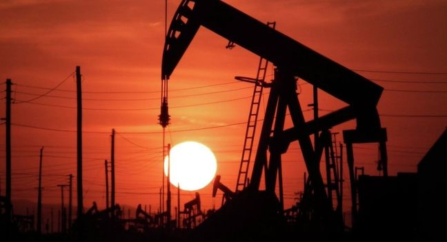 Russia and Saudi Arabia to Work Toward Oil-Market Stability