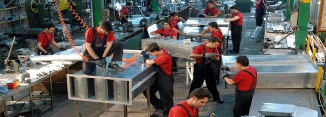 Iran's Business Index Perks Up in First Fiscal Quarter