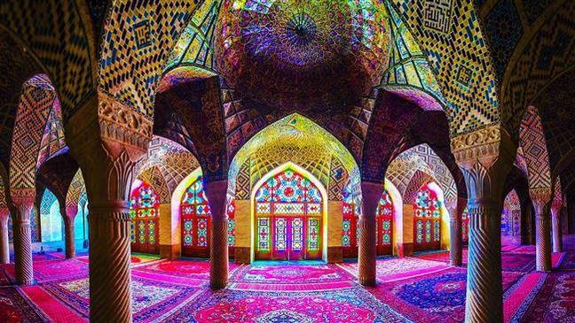 Foreign tourists rushing to visit Iran's historic city Shiraz