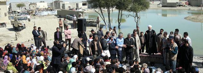 Rouhani Visits Flood-Stricken Region