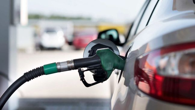 Iran: Gasoline Rationing Did Not Eliminate Smuggling