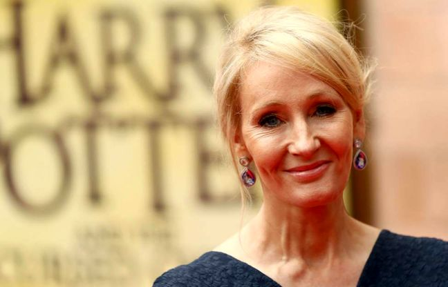 """J.K. Rowling bids farewell to Harry Potter at """"Cursed Child"""" gala"""
