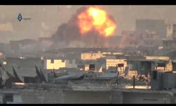 Week of renewed Aleppo strikes kills 141 in east, 16 in west: Observatory
