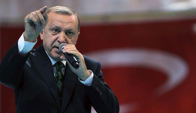 Erdogan Defies US Sanctions on Iran Oil, Gas