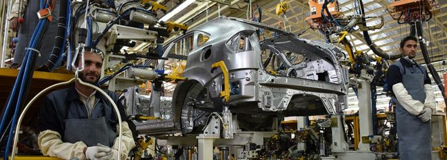 Iran Auto Production Declines in 1st Fiscal Month of 2019-20