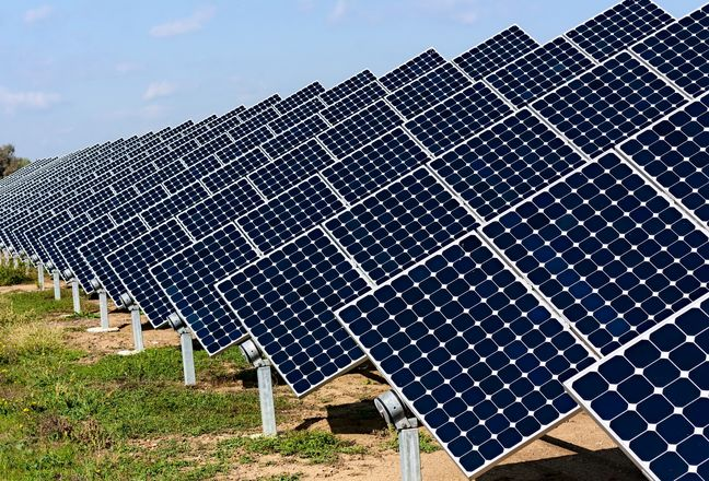 Iran to build euro 350 million solar power plan in Aran va Bidgol