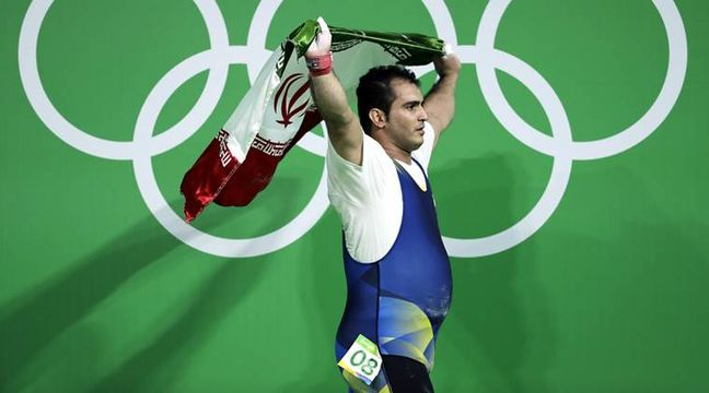 Iran weightlifter ranks 3rd at IWF ranking