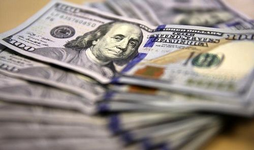 Dollar on defensive, Asia stocks subdued amid U.S. trade unease
