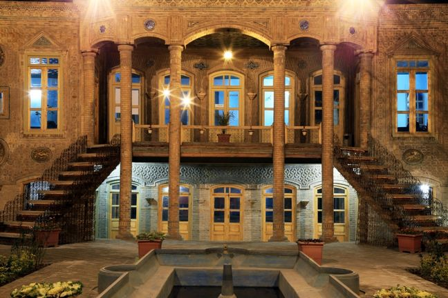 Darugheh House in Mashad wins UNESCO conservation award
