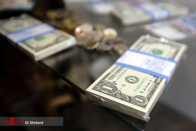 Iran Gov't Prepares Forex Package as Market Finds Respite