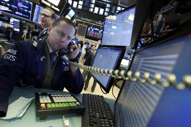 U.S. Stock Futures Rise as Investors Assess U.S.-China Tensions