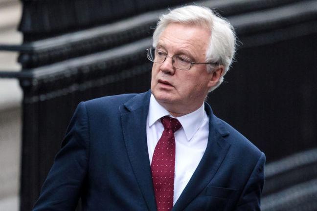 U.K. Brexit Minister Seeks to Avert Tory Revolt Before Vote
