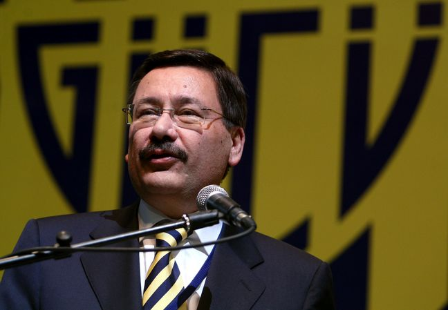Ankara Mayor Becomes Unlikely Rebel in Showdown With Erdogan