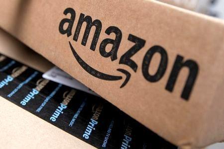 Alphabet and Amazon wind up stellar quarter for big tech