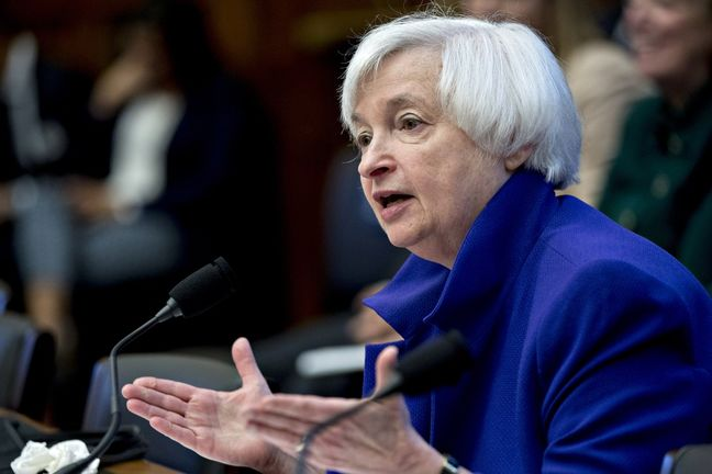 Fed expected to raise rates as U.S. economy flexes muscle