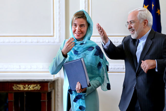 Europe to the Fore in Cementing Iran Deal as U.S. Issues Threats