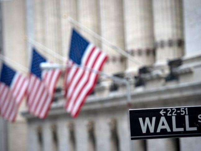 Stocks Fall, Bonds Rally Amid Korea, Irma Threats