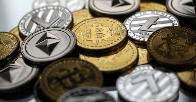 Digital Coins Tumble in January Amid Facebook, Tether Concerns
