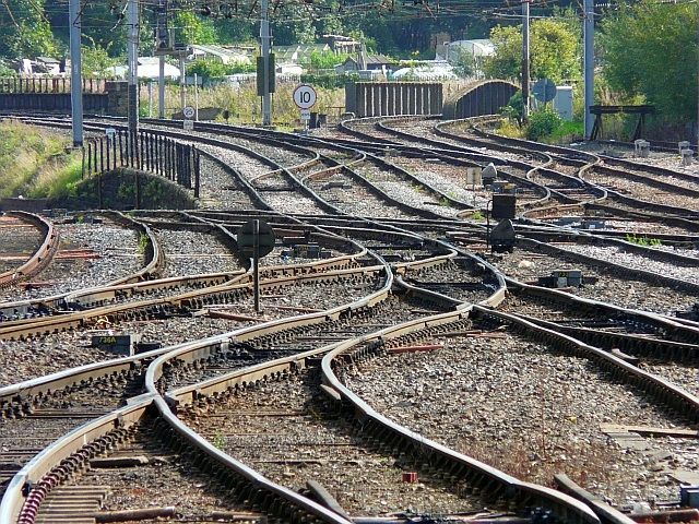 BOT Contracts to Finance Rail Projects