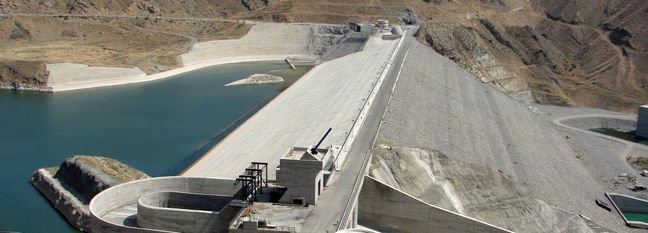 Azeri Official Signs Power Plant Construction Deal