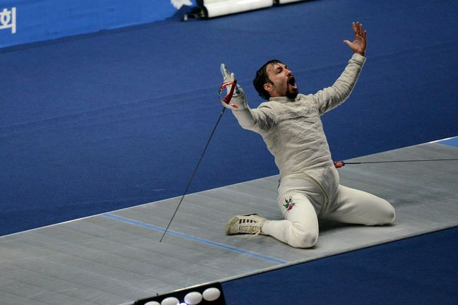 Abedini jumps to world's 6th ranking in fencing