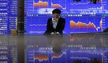 Asia Stocks Gain Even as Topix Swings, Yen Rises