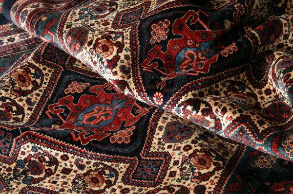 Iran resumes carpet exports to US