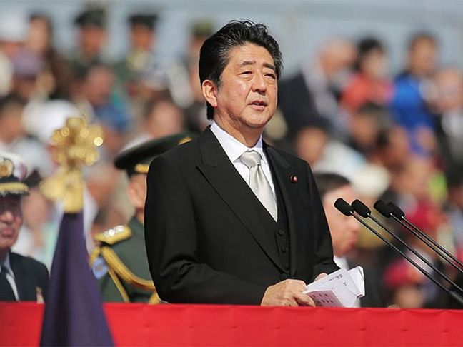 For Japan's Abe, Diplomacy Is Set to Trump Economics in 2017